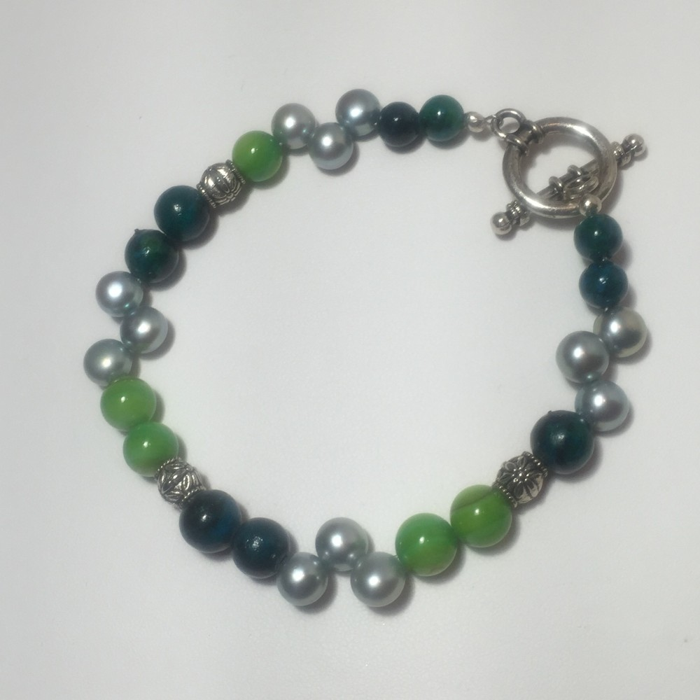 Bracelet made with pearls, shell, Blue Magnesite, and Aventurine
