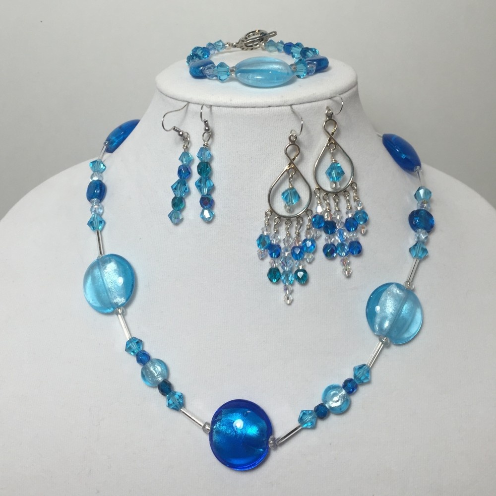 Set with 2 different types of earrings all made from crystals