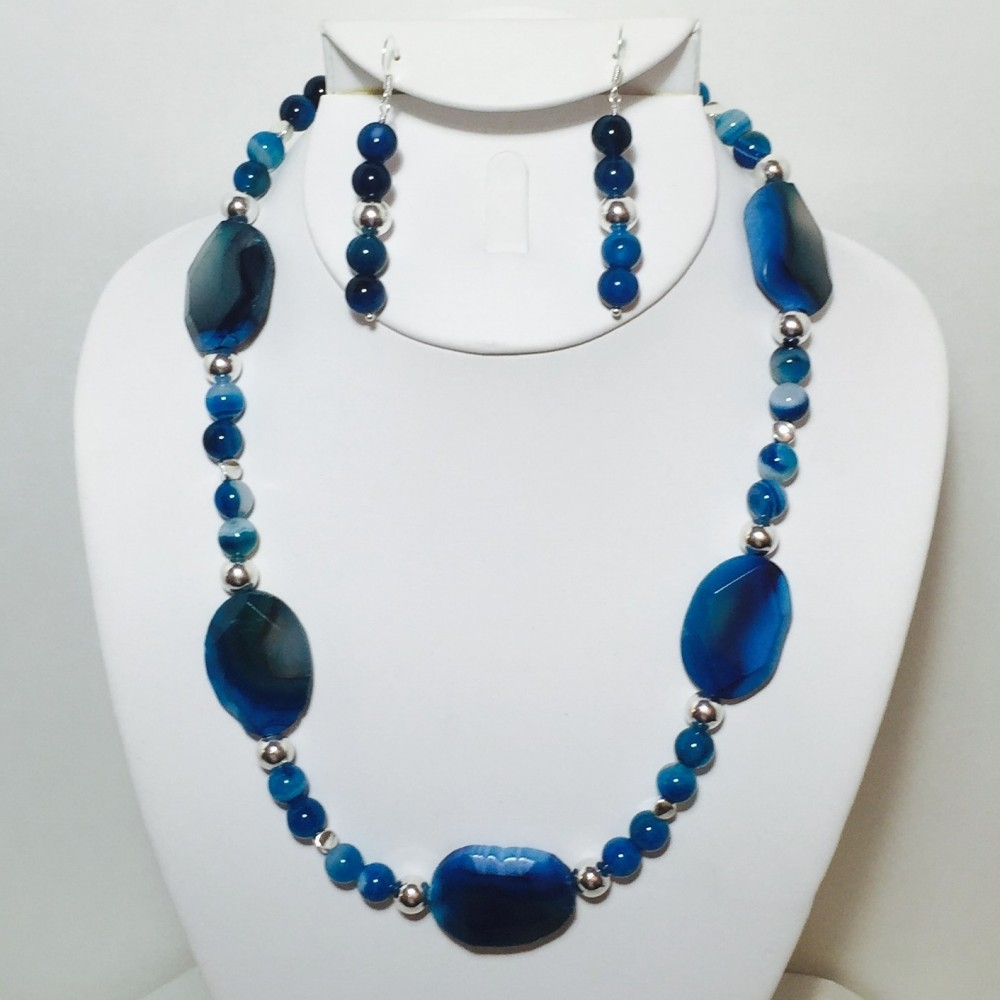 Agate and Silver Necklace and Earrings Set
