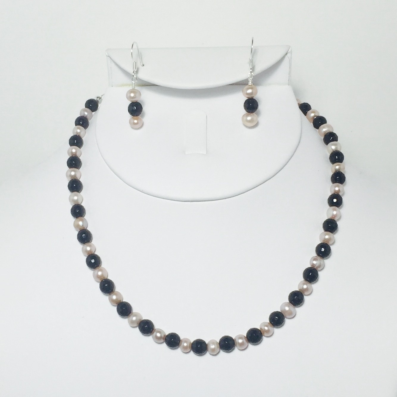 Pearl and Onyx Necklace and Earrings Set