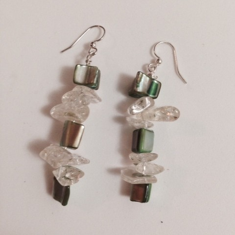 Earrings made with mother of pearl and crystals