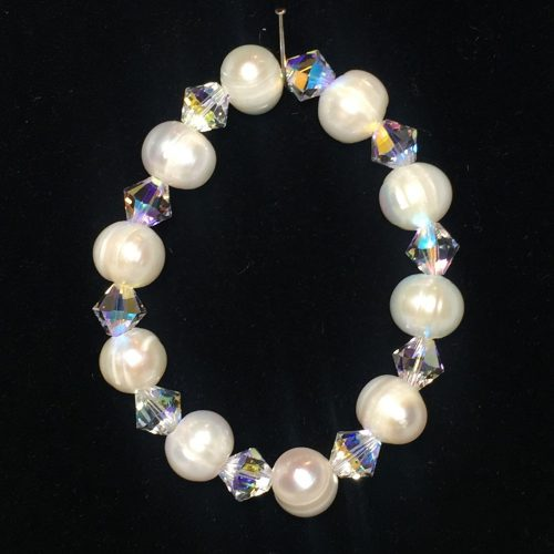 freshwater pearls and Swarovski crystal bracelet