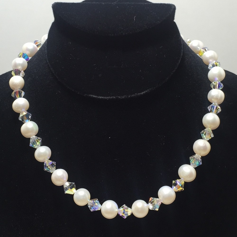 freshwater pearls and Swarovski crystal necklace