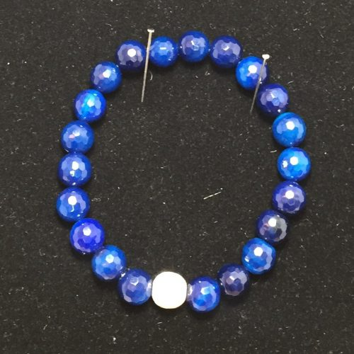 Bracelet made with agates and silver