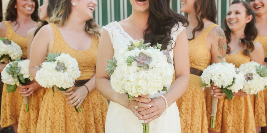 The 5 Best Bridesmaid Gifts for any Wedding